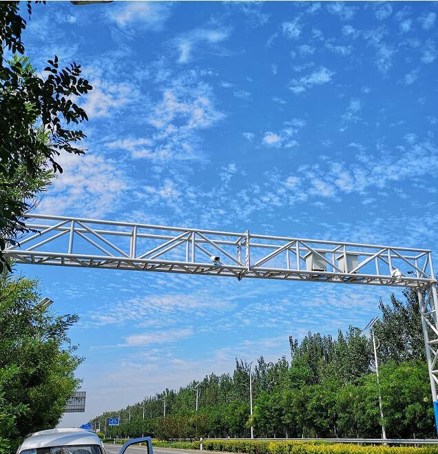 天津市環境保護局固定垂直式機動車遙感監測點靜海區案例現場
